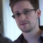 Rússia concede asilo a Snowden e tensão com EUA aumenta