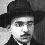 Fernando Pessoa escreveu sobre fascismo a ditadura e Salazar num só livro