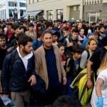 Centenas de milhares de migrantes na Líbia estão à espera de entrar na Europa
