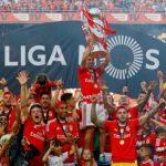 Rui Vitória protagoniza vídeo que assinala a conquista do tricampeonato pelo Benfica