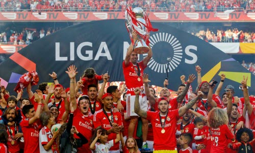 benfica tricampeao