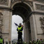 Confrontos violentos em Paris causaram mais de 85 feridos e 180 detenções