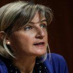 Parlamento chama ministra da Saúde para explicar atrasos em exames de doentes