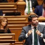 """O Partido Chega apresenta revisão constitucional para livrar Estado de """"clientelas"""""""